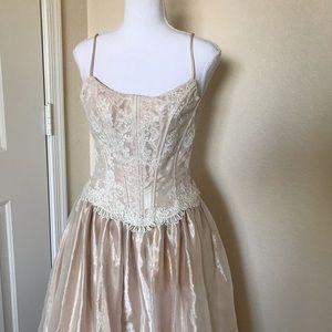 Cache vintage lace corset ball gown size 4